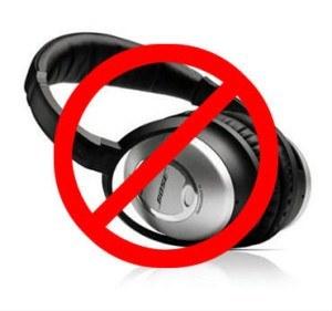 noise cancelling headphones vs noise masking earpieces. Black Bedroom Furniture Sets. Home Design Ideas